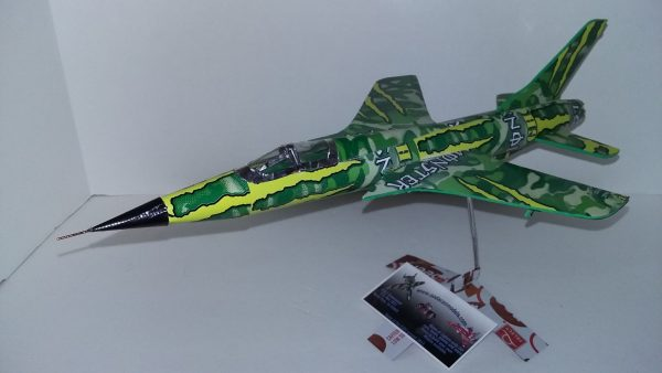 soda can airplane F-105