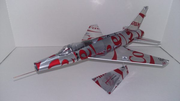 Aluminum can airplane F-100